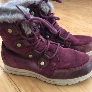 Sorel explorer joan winter boots red wine sz 6.5